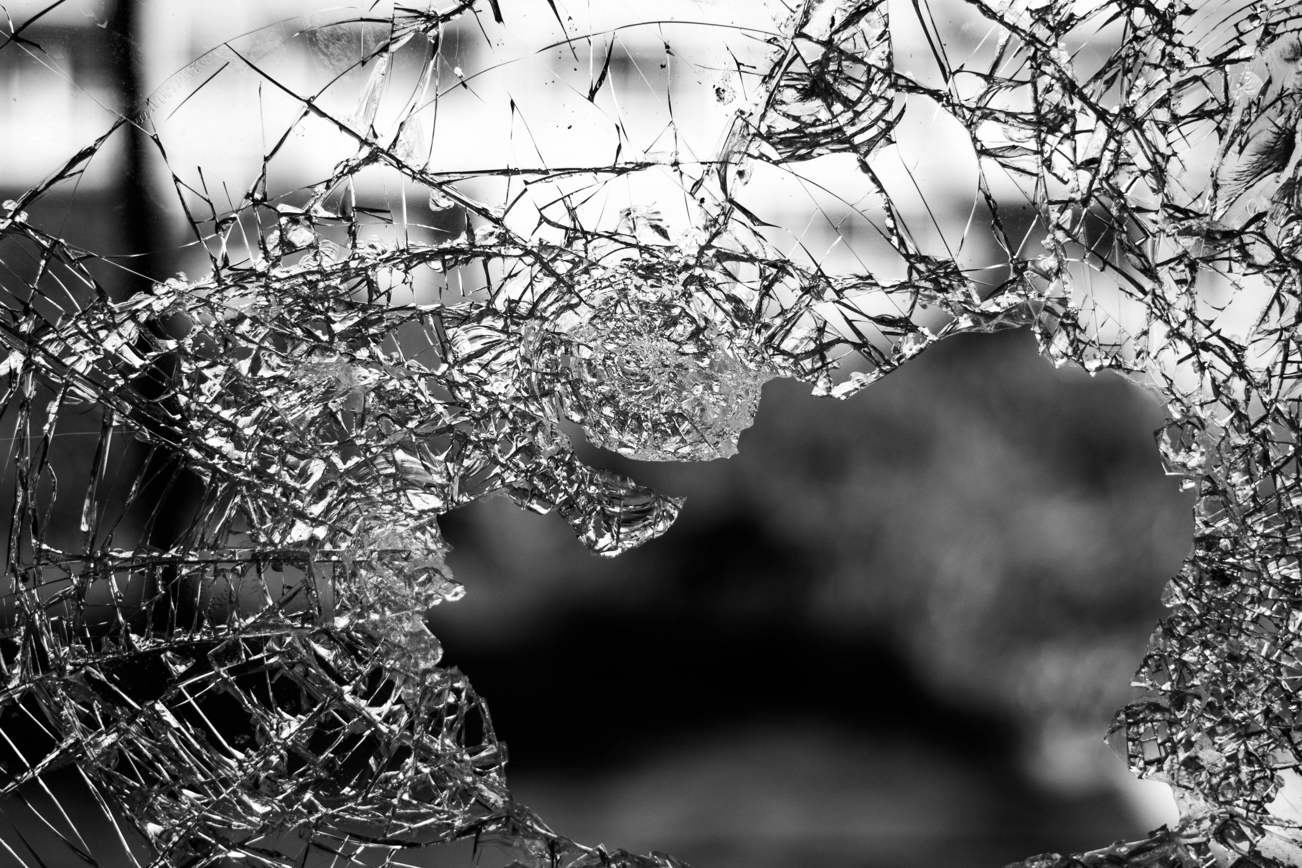 Family sues American Club over shattered glass door, teen injured by shards